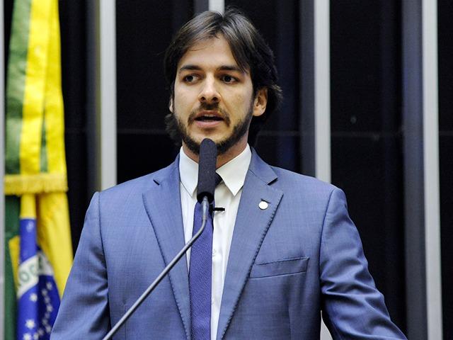 A pressa de Pedro é a necessidade do PSDB de voltar a ocupar espaços de relevo