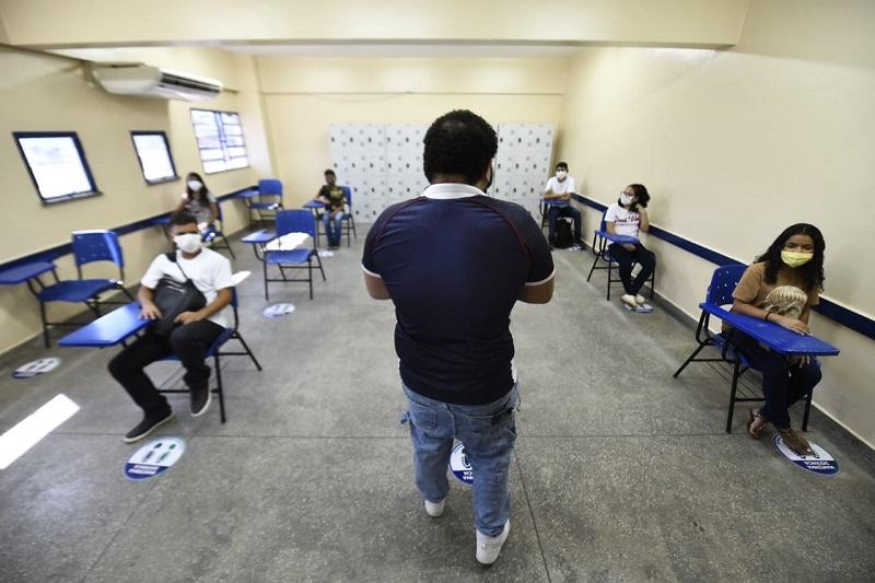 Aulas na Paraíba devem ser retomadas em fevereiro