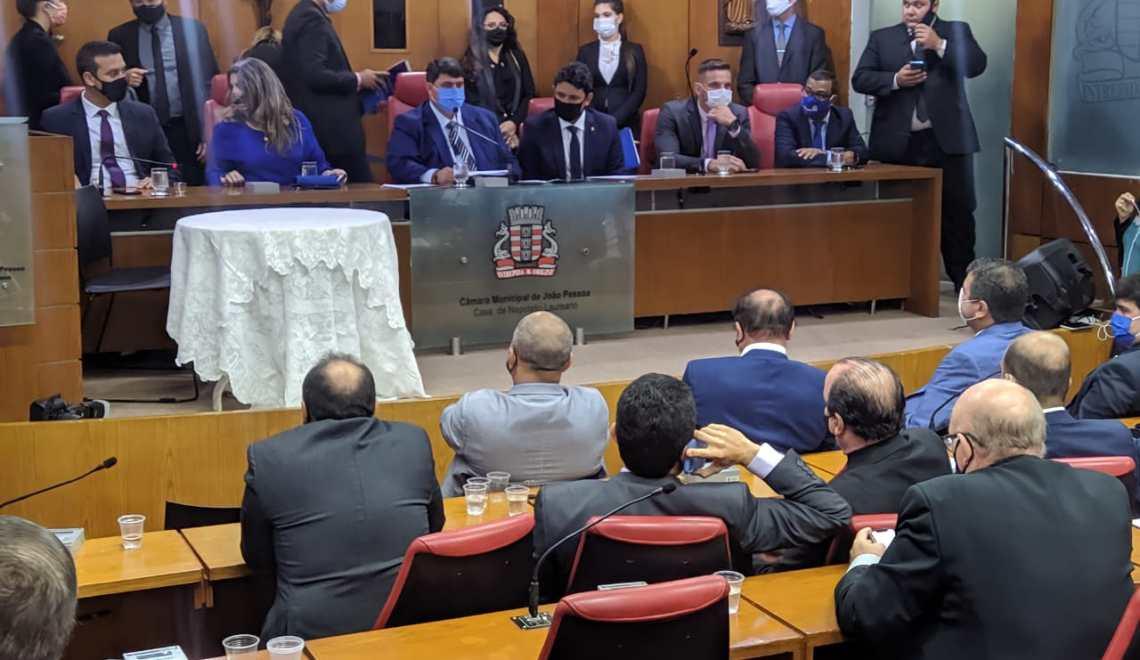Harmonia entre poderes: Cícero sanciona emendas impositivas dos vereadores da capital