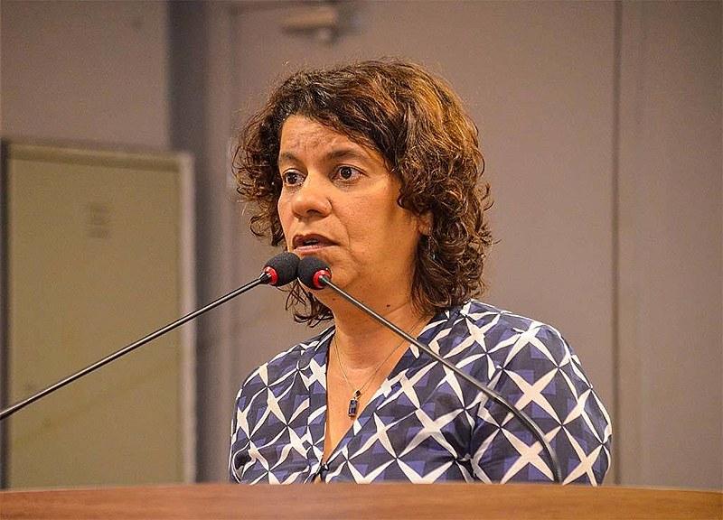 Estela Bezerra consegue vitória no STJ e ganha direito de sair à noite