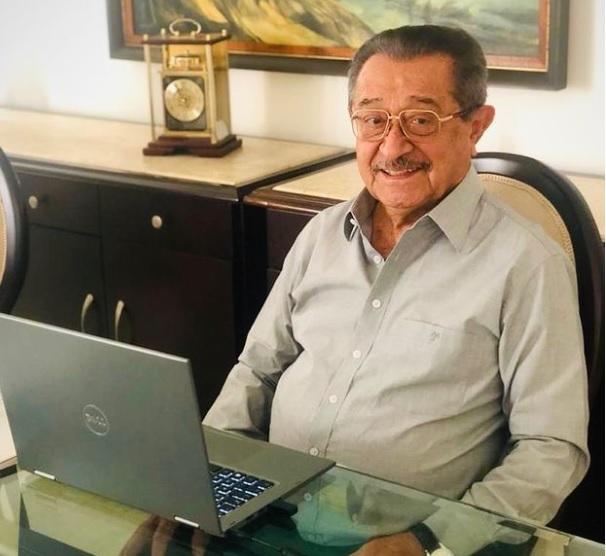 A despedida: corpo de José Maranhão deve chegar no início da tarde à Paraíba