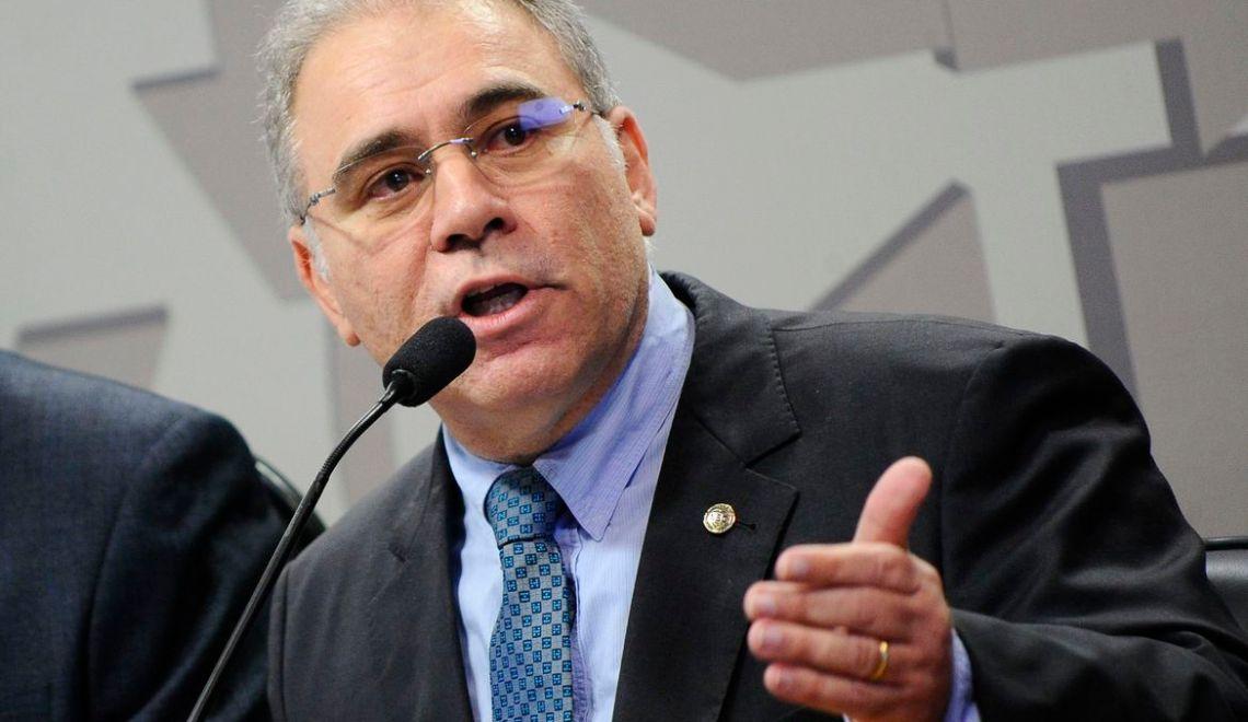 """Marcelo Queiroga: """"a política é do governo Bolsonaro, não é do ministro da Saúde"""""""