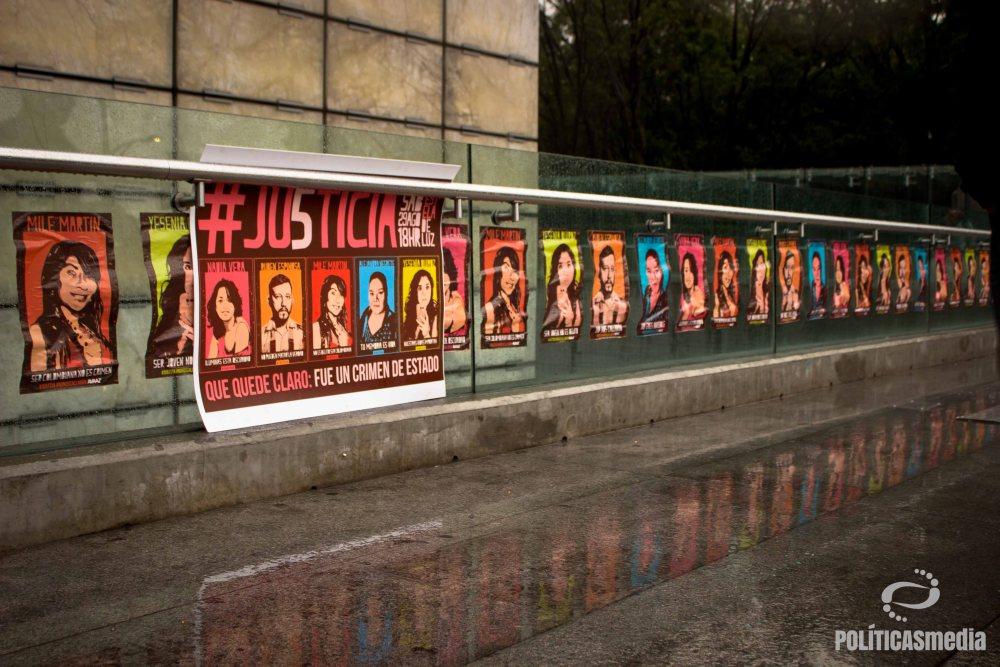 Concentración realizada el 29 de agosto en la Estela de Luz en demanda de justicia por el multihomicidio en la colonia Narvarte | Fotografía: Mónica Olivares