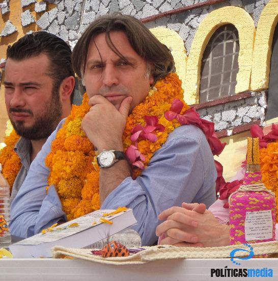 Mario Patrón, Director del Centro de Derechos Humanos Miguel Agustín Pro Juárez, y Francisco Cox, del GIEI. | Fotografía: Ernesto Funesto Mondragón/Políticas Media