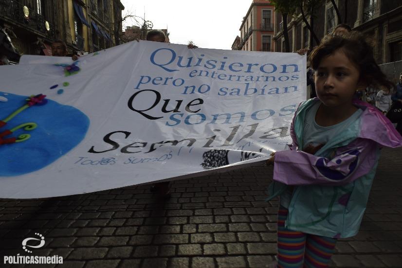 Movilización a dos años de Ayotzinapa en la Ciudad de México. Fotografía: Tlaliztitzin Arellano  Políticas Media.