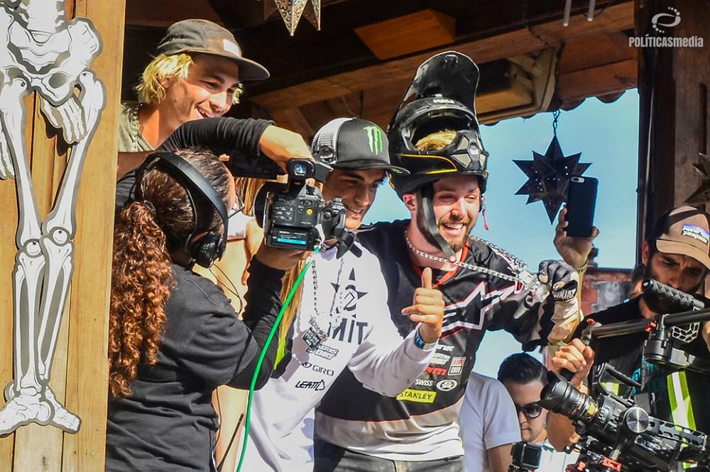 Ganadores Best Tick de la sexta edición de Down Hill Taxco, Guerrero. Fotografía: Alan Bazán | Políticas Media