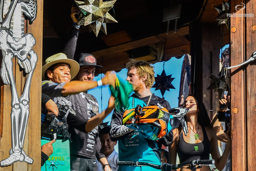 Ganadores de la sexta edición de Down Hill Taxco, Guerrero. Fotografía: Alan Bazán | Políticas Media