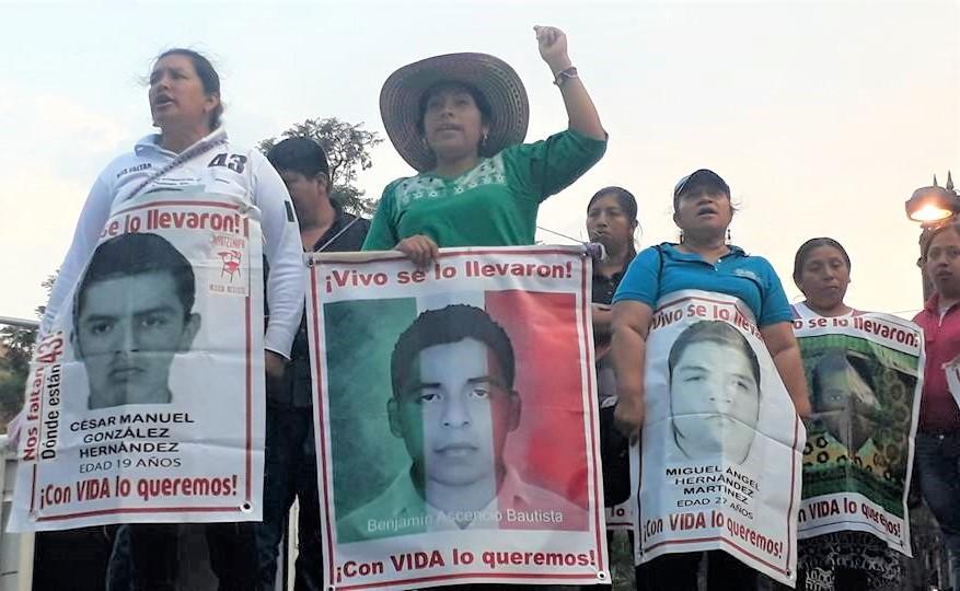 Mitin Ayotzinapa