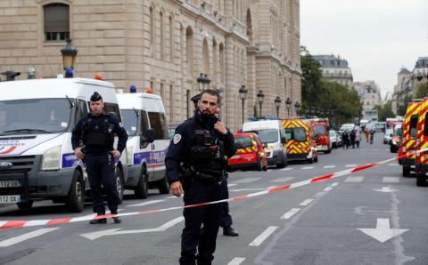 """هجوم جديد قرب صحيفة """"شارلي إيبدو"""" الفرنسية"""