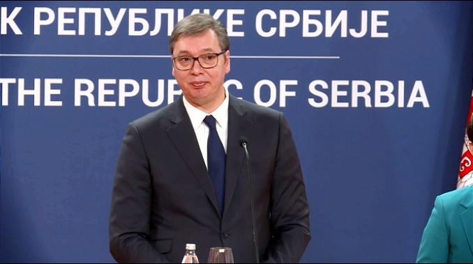 Vučić: Zabrana javnih skupova samo u zatvorenom prostoru, škole i dalje rade, perite ruke...