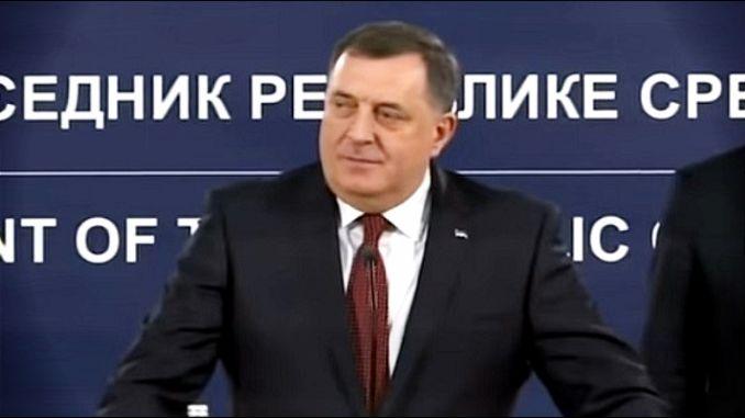 Dodik pisao predsedniku i premijeru Grčke: Vi štitite granice celog Balkana i EU