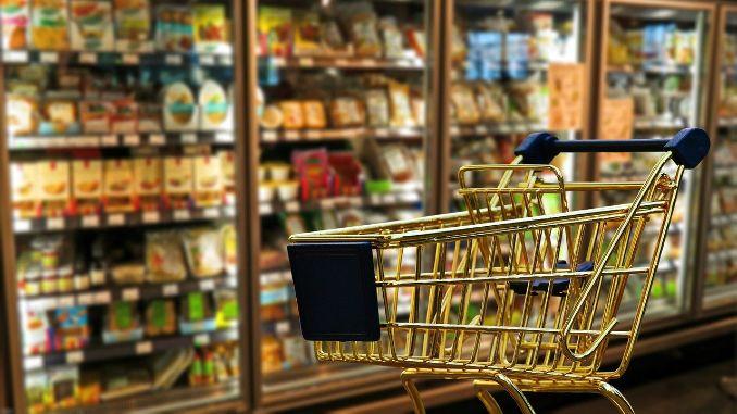"""Holandski supermarket uvodi """"kasu za pričanje"""" usamljenih penzionera sa prodavcima"""
