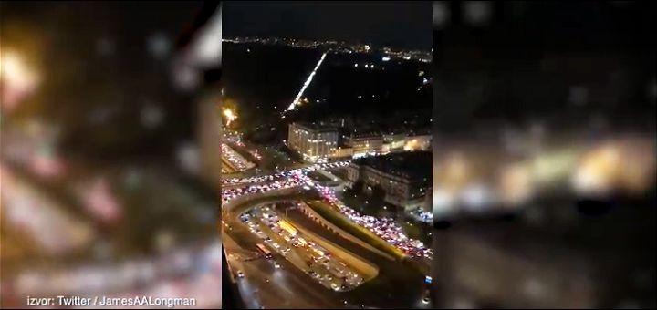 HILJADE LJUDI BEŽI IZ PARIZA, kolone duge 700 km, prodavnice opustošene (VIDEO)