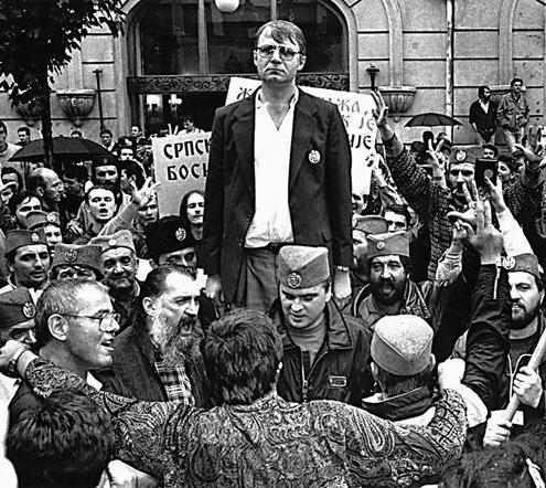 Danko o obučenoj Maji i goloj maHi, nepromišljenom šahisti iz vinskog podruma i stavljanju građana Srbije na poziciju mete za međunarodni terorizam.