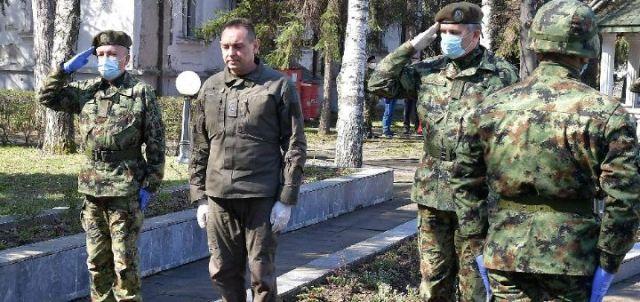 VOLI UNIFORMU VIŠE NEGO 'LEBA DA JEDE: Hoće li proći kurs u Sremskoj Kamenici?
