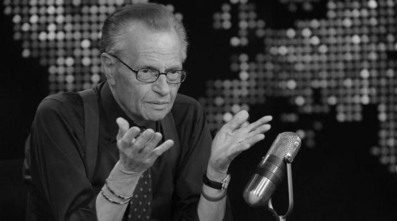 Preminuo legendarni TV voditelj Lari King