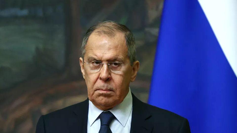 """Lavrov: Odnosi Rusije i EU su """"raskomadani u paramparčad"""", dok Amerika vodi kaubojsku politiku"""