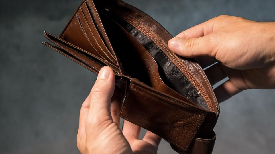 VELIKI BROJ NEZAPOSLENIH OSTAJE BEZ 60 €: Ako ste u ovoj grupi, ne možete da se prijavite za novčanu pomoć