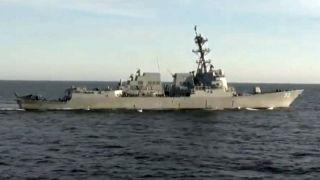 Rusija sprečila američki razarač da uđe u njene teritorijalne vode