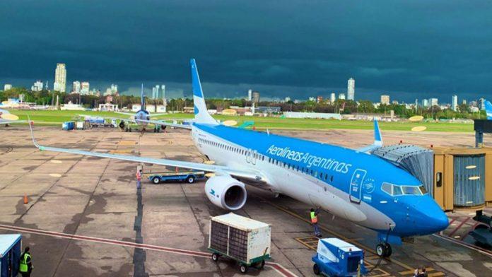 El Gobierno argentino autorizó la reanudación de vuelos