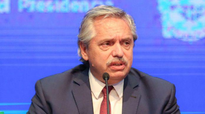 Alberto Fernández realizó anuncios para el AMBA
