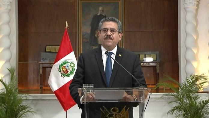 Manuel Merino renunció en medio de un caos