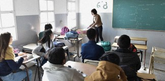 Tensión por las escuelas