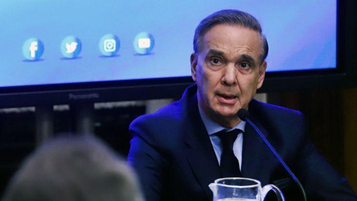 Miguel Ángel Pichetto contra el Gobierno
