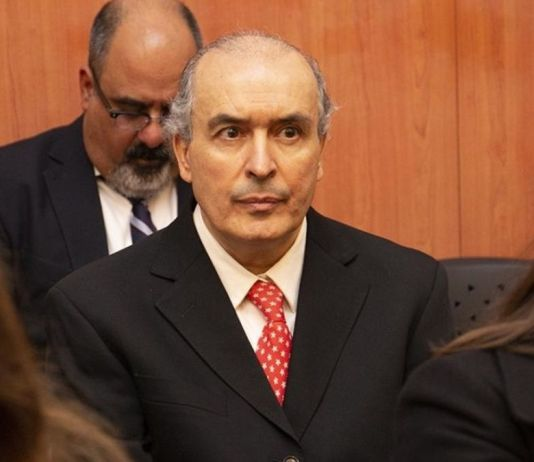 José López debe pagar una fianza