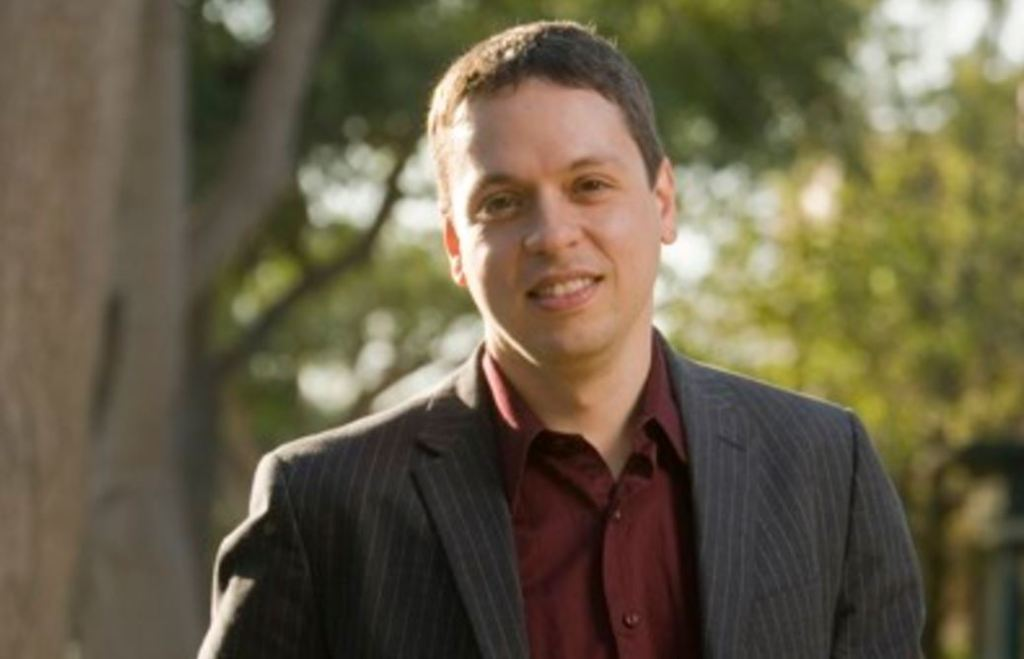 Interview with Markos Moulitsas, founder of DailyKos, the largest Liberal site in the world