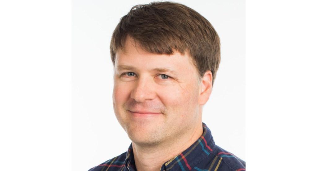 Intercept's Ryan Grim talks Democratic Party problems including AOC & The Squad