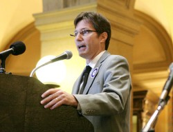 DFL Sen. Kent Eken addresses The 5 Percent Campaign rally on Tuesday, Nov. 12. (Staff photo: Peter Bartz-Gallagher)