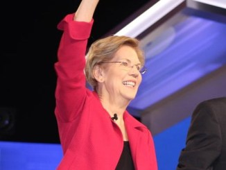 Senator Elizabeth Warren at the South Carolina Democratic Debate (Photo Credit: Sidney Evans / Politisite)