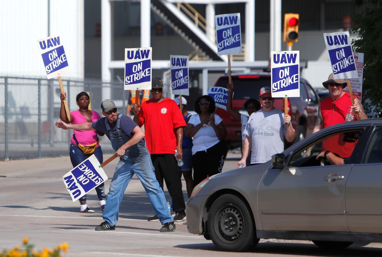 Робітники General Motors на загальнонаціональному страйку