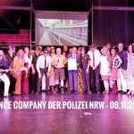 Foto: Dance Company und Minister Reul