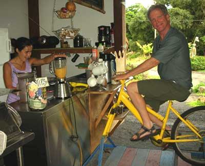 bicycle powered smoothie, Kipahulu HI
