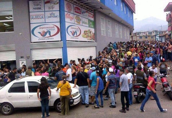 Venezuela food lines