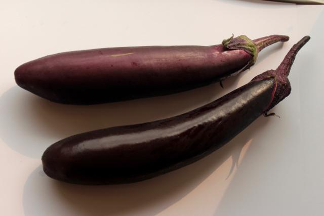 eggplants fresh polka dot hen produce