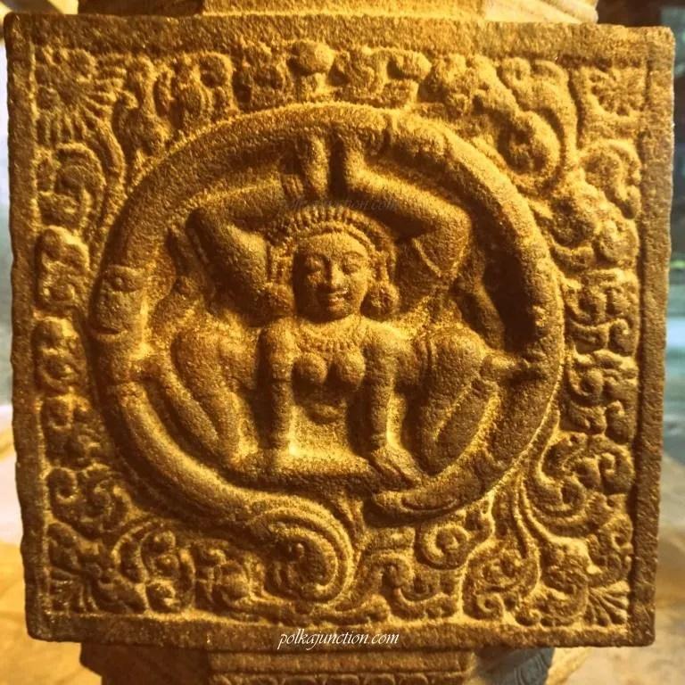 gypsy carving darasuram