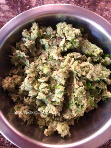 Lilva Ni Kachori | Fresh Pigeon Peas Kachori | Toovar Kachori