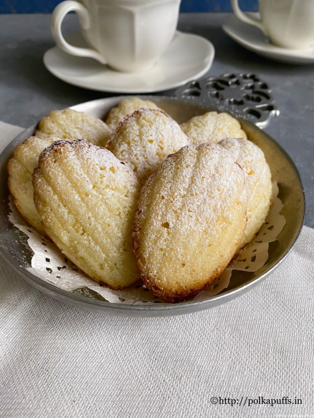 Lemon Vanilla Madeleines | How to make French Madeleines