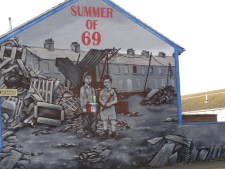 Mural about start of the Troubles