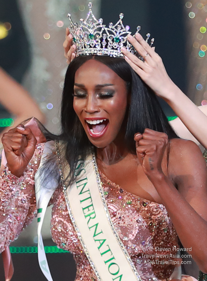 MissInternationalQueen2019_5958C.jpg
