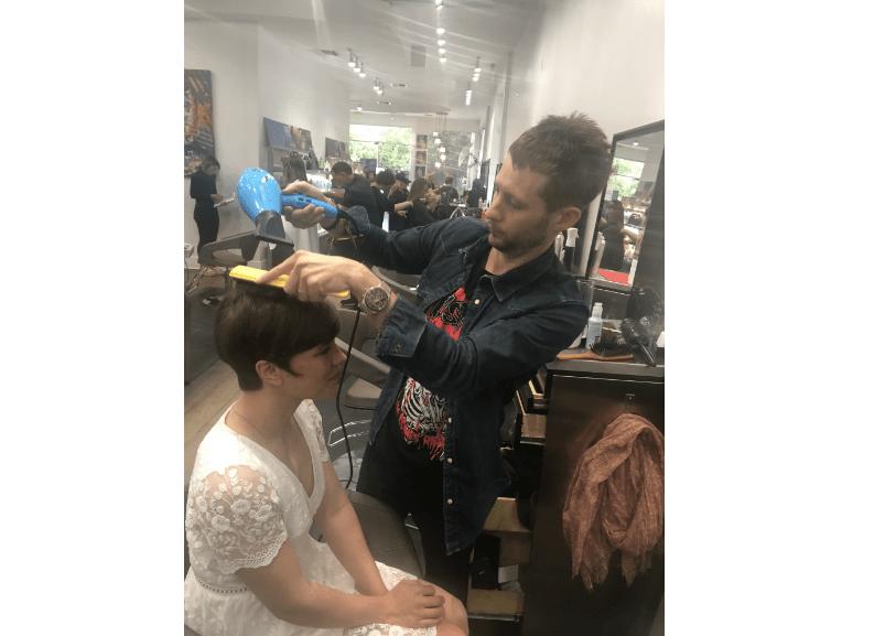 Tatum Neill blow dried Roxane Polla's hair