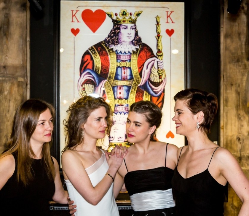 The Polla Sisters and the King of Hearts