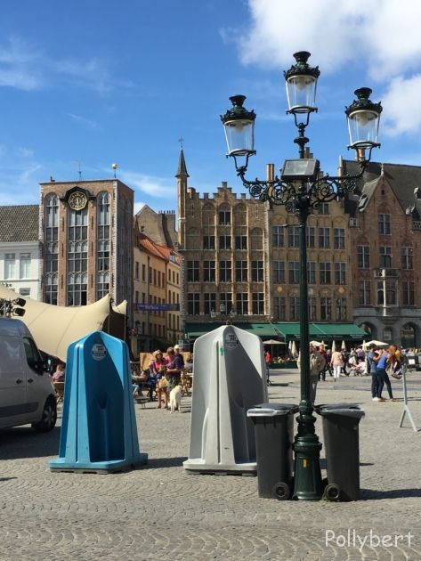 urinals on the streets of Bruges