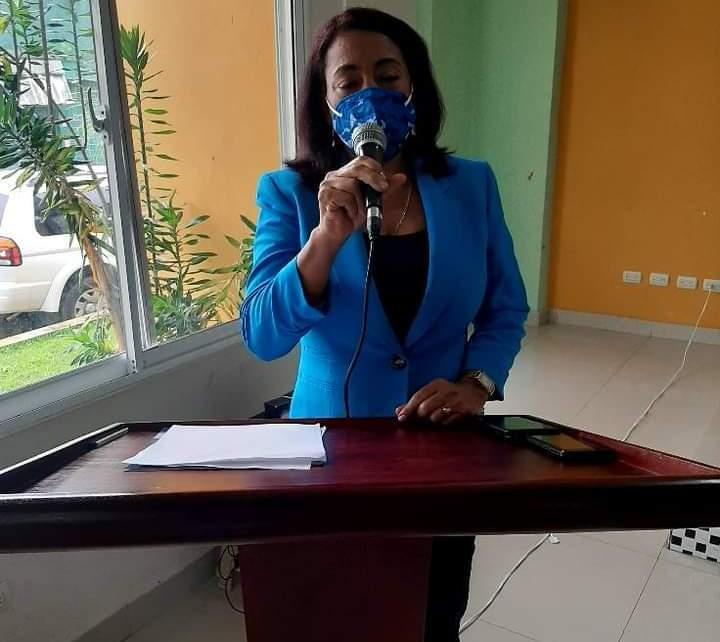 FB IMG 1605883009483 - Alcaldesa Danilsa Cuevas clama por un juez y un fiscal para Polo