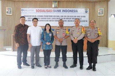 DALAM RANGKA TINDAK LANJUT TEMUAN UANG PALSU, KAPOLRES SIMALUNGUN PIMPIN KEGIATAN SOSISALISASI BANK INDONESIA.