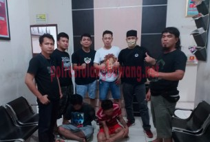 Dua pelaku curas di Jalintim yang berhasil ditangkap Tekab 308 Polres Tulang Bawang