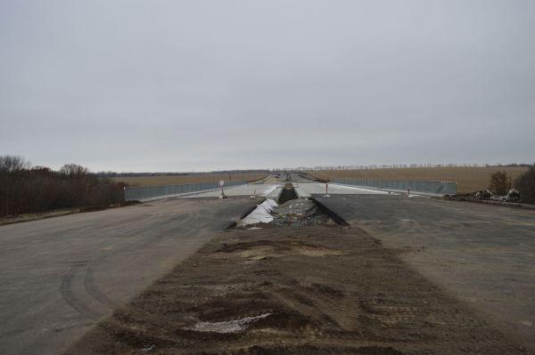 На Полтавщине заканчивается строительство новой дороги ...